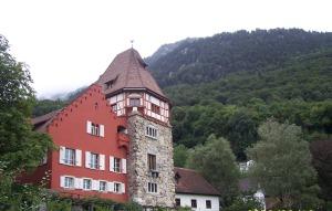 4 Vaduz Red House