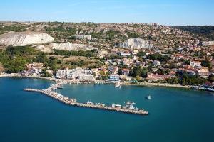 5 Balchik_Bulgaria_aerial_photo_from_the_Black_Sea