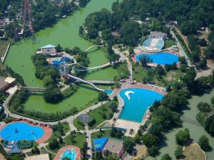 6 Aqua Park