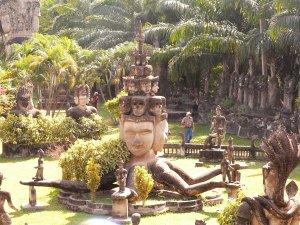 4 Buddha Park