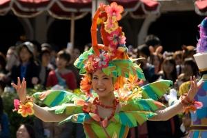 5 tokyo-disneyland-flower-dancer