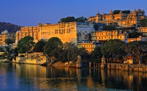 India, Bharat, Rajasthan, Travel Destination, Udaipur, Lake Pichola and the City Palace