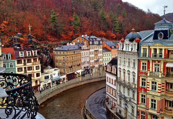 Karlovy Vary Czech Republic  city photos : Czech Republic Travel Guide, a Jewel in the Heart of the Old Continent ...