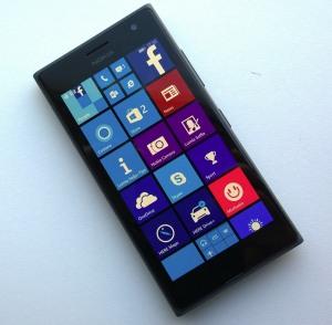 Lumia735_pic1