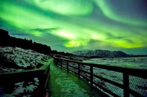 auroa-borealis-pingvellir-national-park-iceland