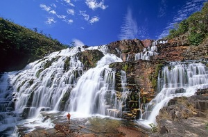 Waterfalls_of_Saint_Vicent,_Chapada_dos_Veadeiros,_Goias,_Brazil