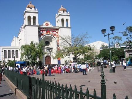 el_salvador_katedrale_san_salvador_foto_publicdomain