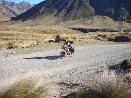 Cycle_tourist_Island_Saddle_New_Zealand-compressed