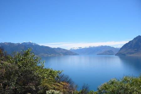 Lake_Hawea_New_Zealand