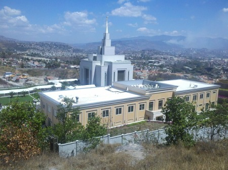 temple-mormon-tegucigalpa-honduras