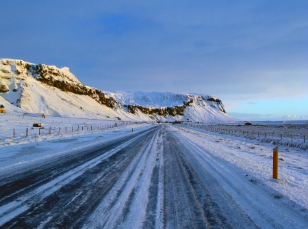 Iceland_route_1_between_vik_and_hofn