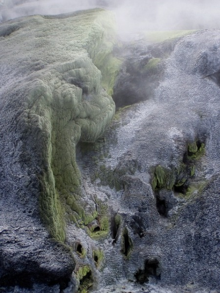 sulfur-volcano-steam-iceland-toxic
