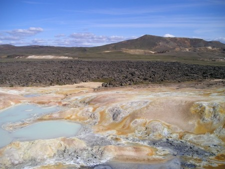 volcano-volcanism-hot-swell-sulfur-iceland