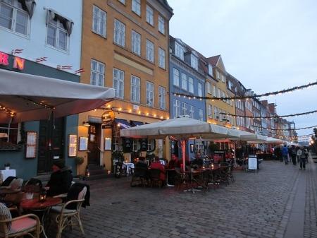 copenhagen-denmark-port-nyhavn-restaurants