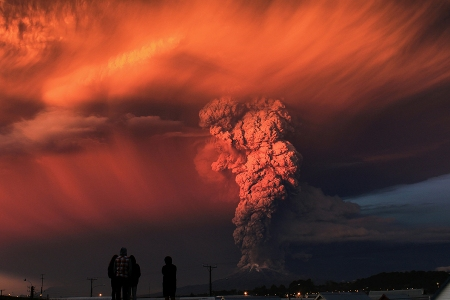 Calbuco_volcano_eruption_in_Chile_Credit_Andiseo_Estudio_via_Flickr_Public_Domain_CNA_4_30_15