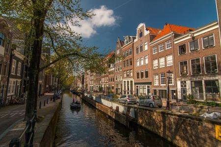 amsterdam-1089652_960_720