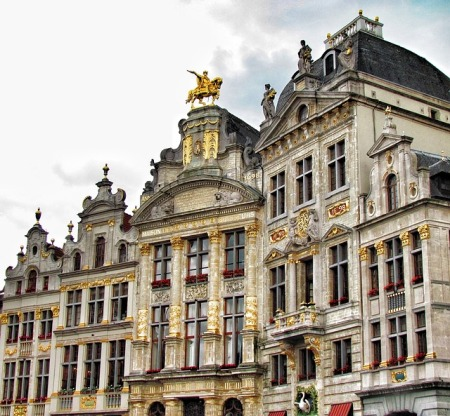 brussels-belgium-grand-place-buildings