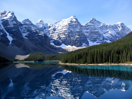 canadian-rockies-moraine-lake.jpg