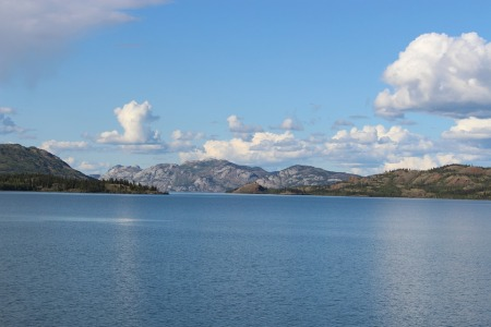 lake-laberge-492178_960_720