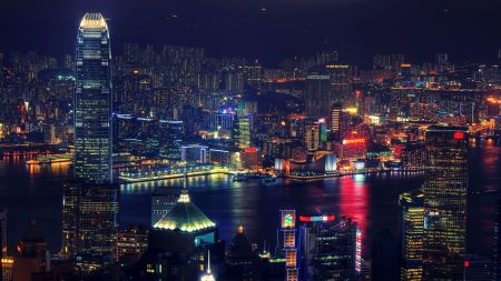 victoria-harbour-photos-hong-kong-at-night-filled-with-lights