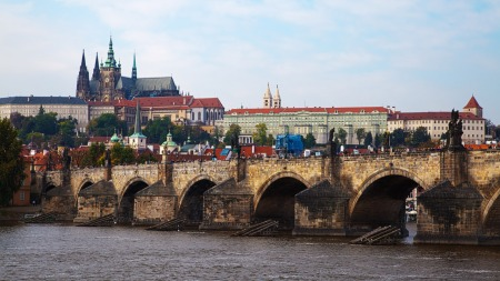 castle-and-bridge-in-prague